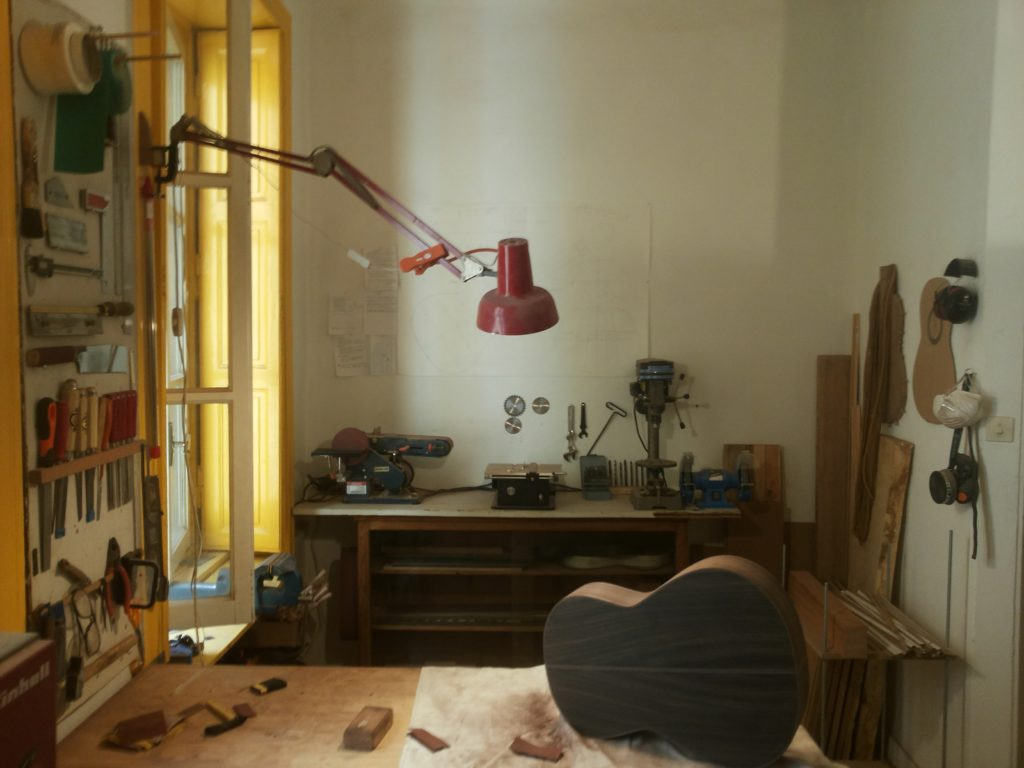 Guitares Pradel atelier fabrication